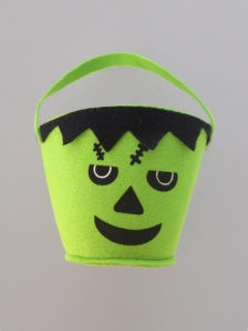 Halloween_frankenstein_bucket green felt trick or treat