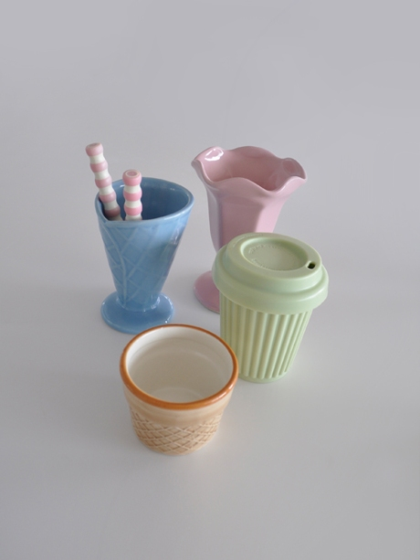 pastel colour ice-cream cups