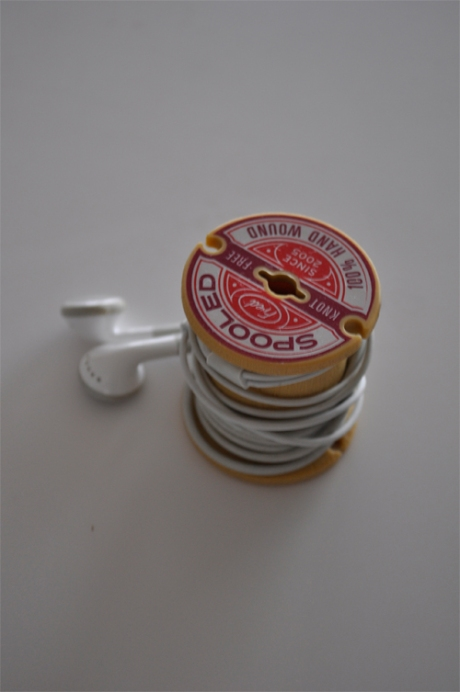 Fred earphones wooden style cotton reel spool winder