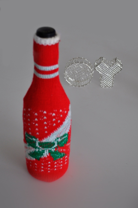 Red Fair isle Christmas jumper for a wine bottle, gift