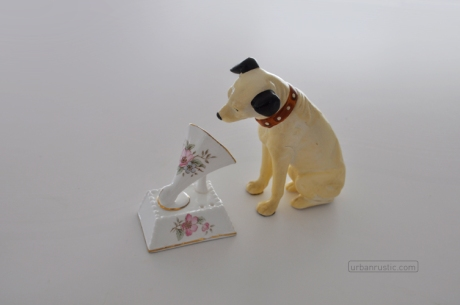 HMV logo recreation His Master's Voice Nipper