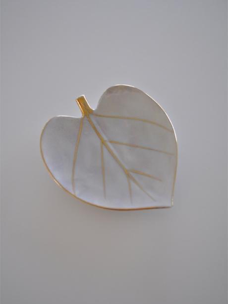japanese leaf plate