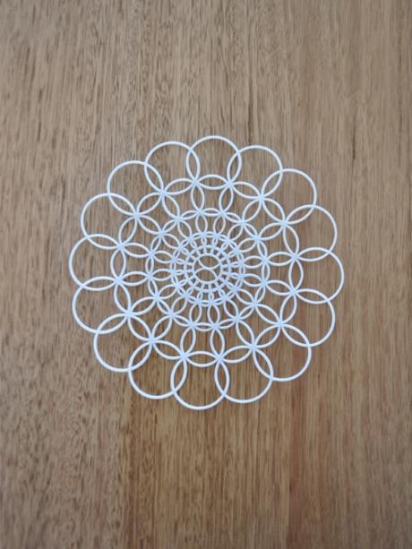 white vintage plastic lace coaster