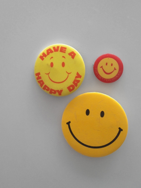 vintage have a nice day pins badges buttons