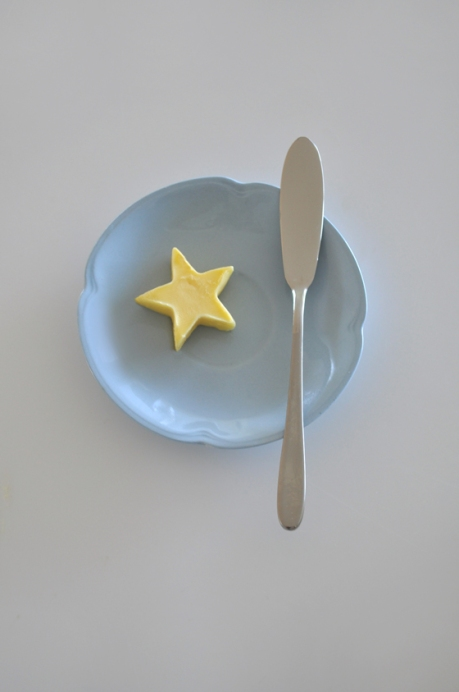 star butter knife blue cloud saucer