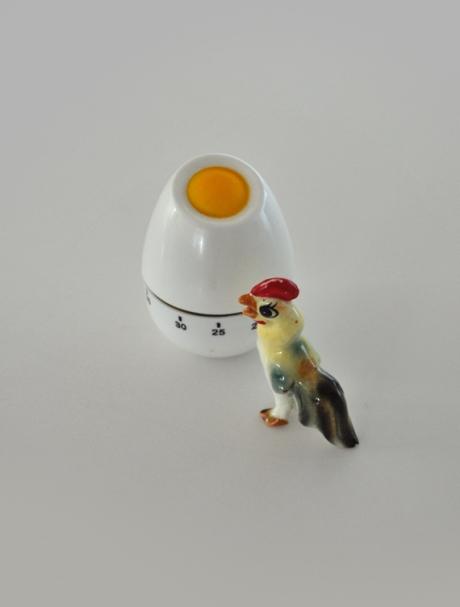 vintage ormanent plastic egg timer