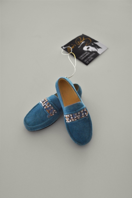 Gracelands souvenir, miniature blue suede shoes