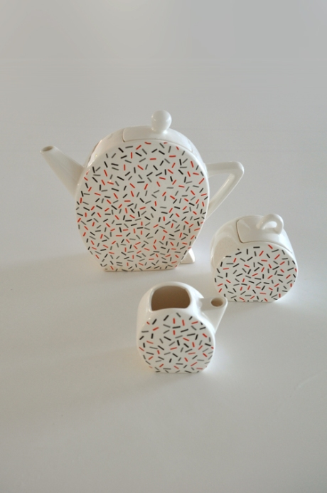 Memphis Dasch_Art Deco teaset Japan sprinkles pattern