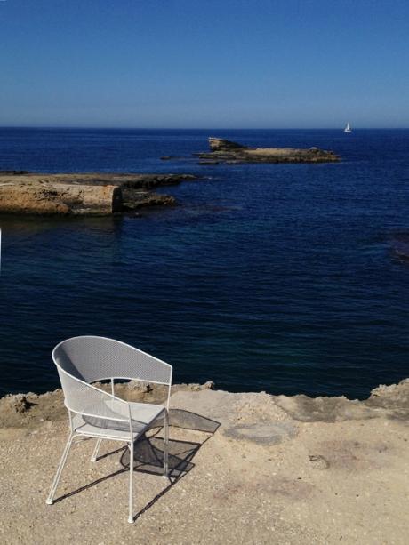 Syracusa Emu chair cobalt blue Mediterranean Sea