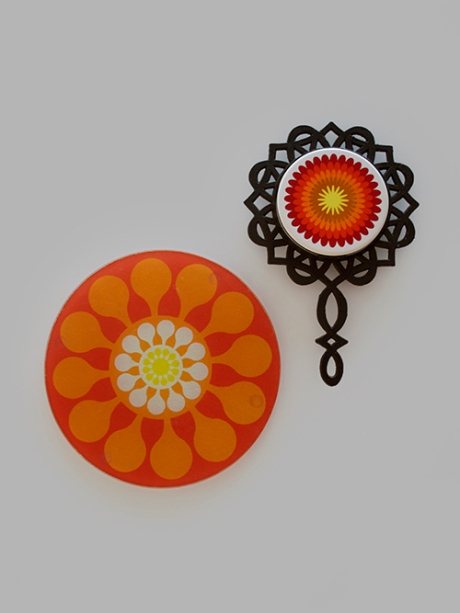 orange retro flower trivets 2