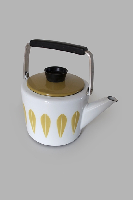 Cathrineholm Enamel Tea Kettle Lotus green white Norway