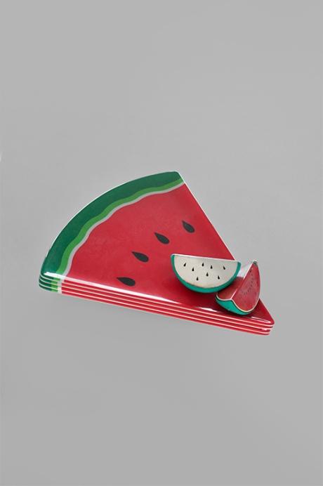 4 x plastic watermelon plates stack -new