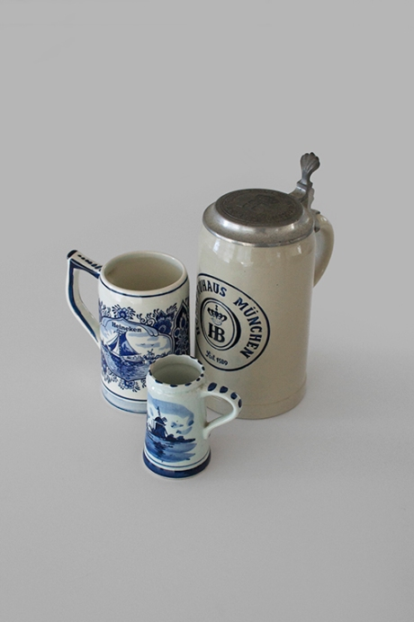 Delft beer steins and German HB Munich beer fest copy