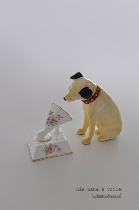 HMV Nipper Dog Figurine His Masters Voice dog old gramophone nana chic