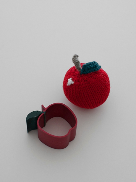 anodised apple ring handmade knitted apple decoration copy