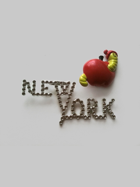 new york button pin vintage avon apple