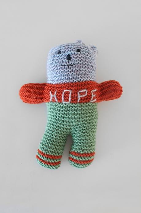 preloved handmade knitted bear