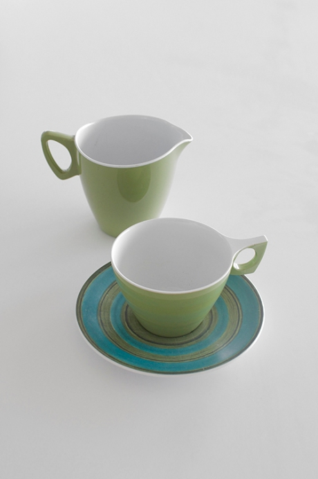 AVOCADO melamine hollywood jug and tea cup and saucer turquoise copy