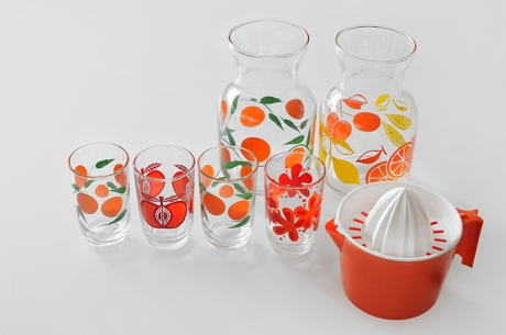 vintage mismatched juice glasses