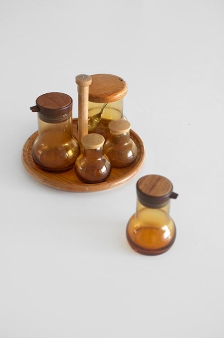 Amber glass and wood japan retro cruet set copy