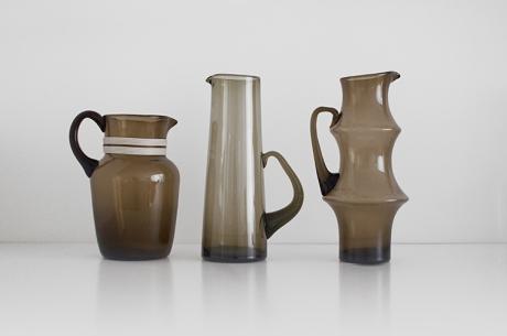 3 x smokey jugs