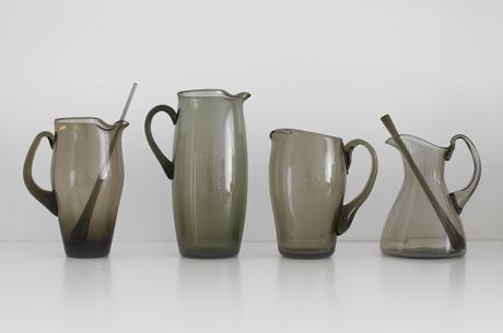 4 x smokey jugs