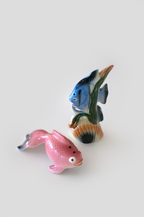 Odd fish salt and pepper shakers
