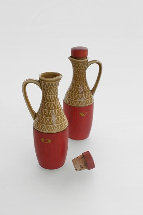 red wood and cerami japan olive oil and vinegar cruet copy