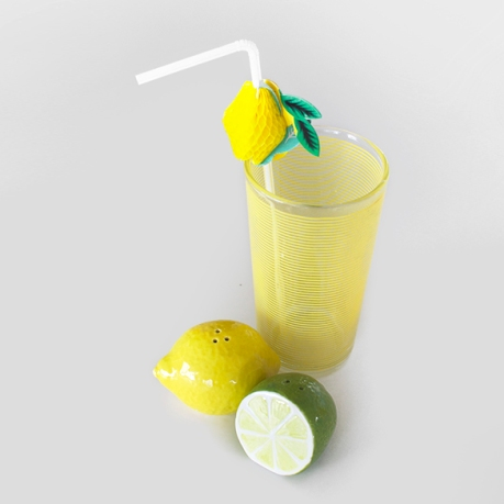 lemon-juice-vintage-yellow-glass-fruit-straws-salt-pepper-lime SQ